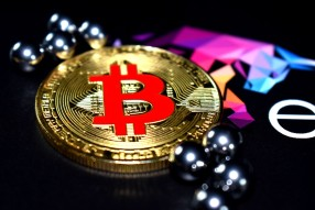 Top 10 Cryptosites to Earn up to 1 BTC!
