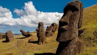 A Stonehenge idol