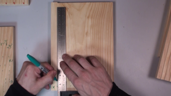 Building Bee Boards - Measurements and Marking