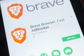 Wikipedia Co-Founder Says To Stop Using Google Chrome and Switch To Brave