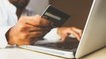 How to Spend Passive Income Using A Visa Card