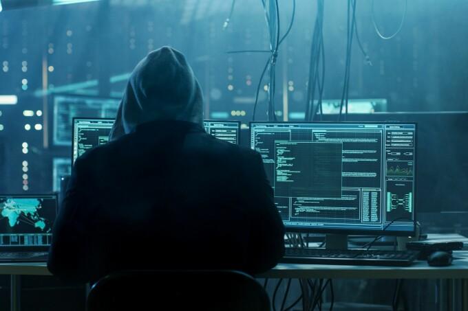 Always wearing hoodie us hackers...