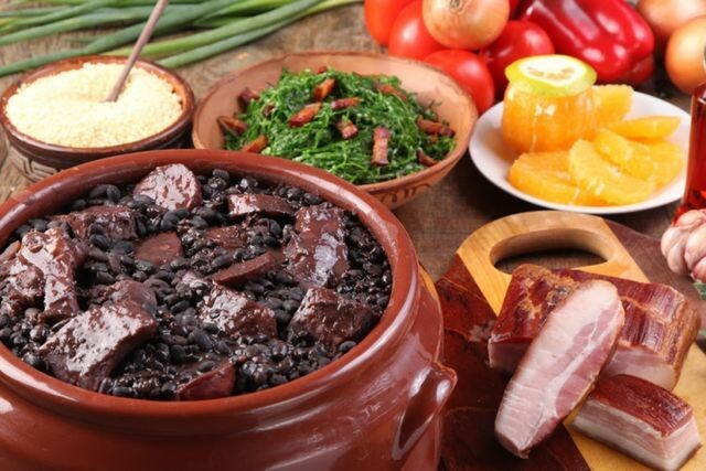 Feijoada and other culinary flavors from the state of Minas Gerais.
