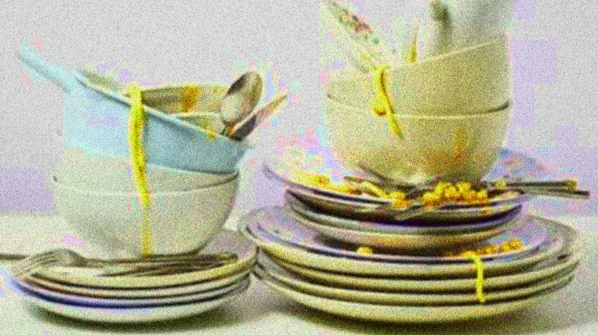 Noisy hued dishes