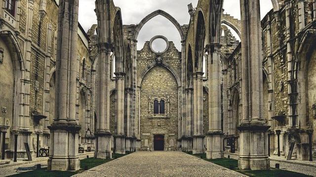 Portuguese Monuments - Carmo Convent, Lisbon