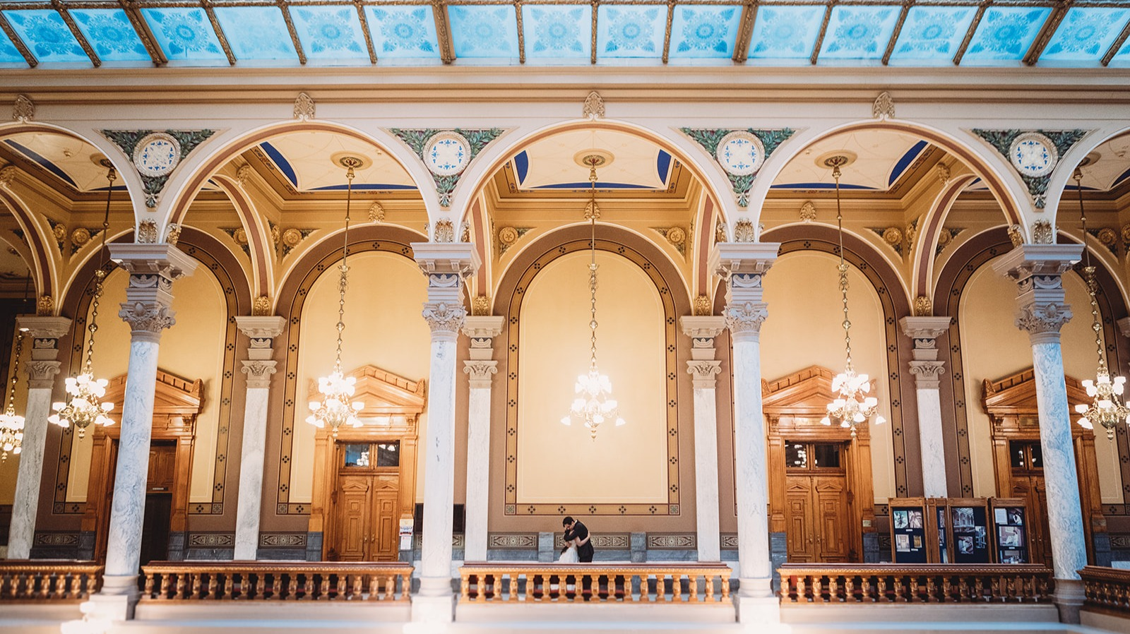 couple hugging in the Indiana State House