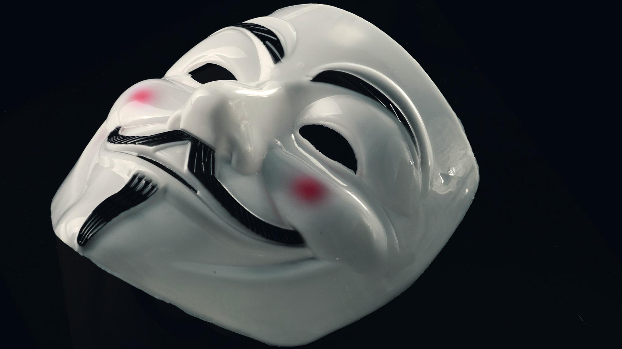https://www.pexels.com/photo/guy-fawkes-mask-685674/
