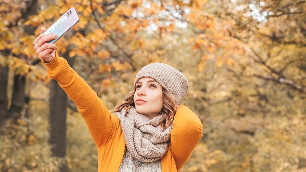 Selfie with smartphone